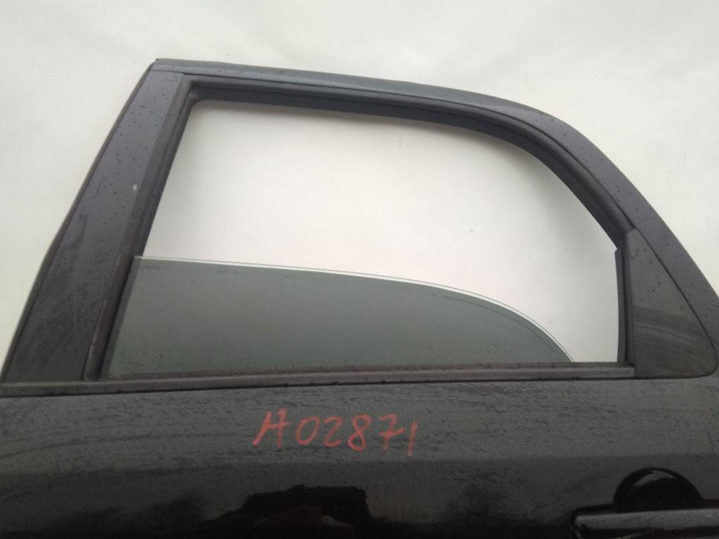 Стекло двери задней левой Suzuki SX4 1
