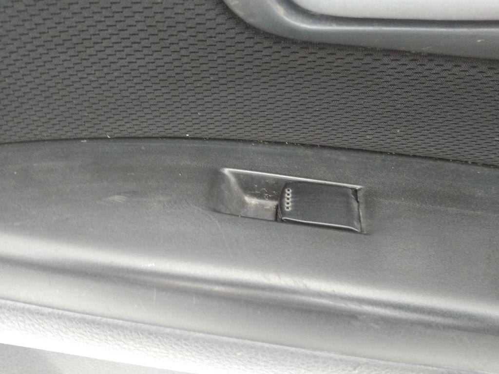 Кнопки стеклоподьемников Suzuki SX4 1