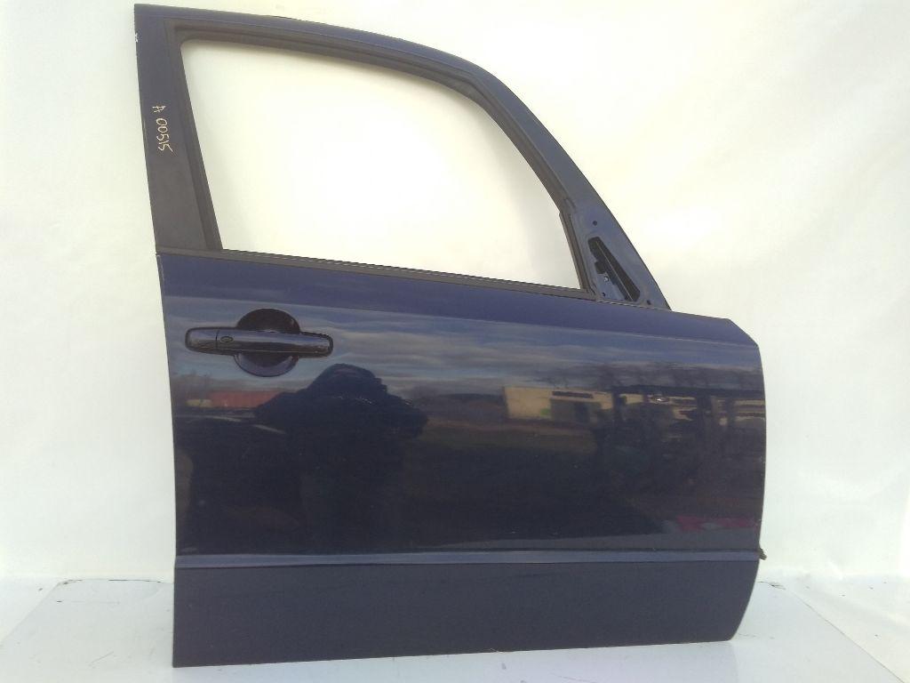 Стекло двери передней правой Suzuki SX4 1